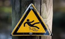 sign-slippery-warning-4341-825x550