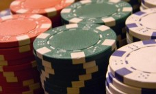 Poker-chips-060914939385A10F
