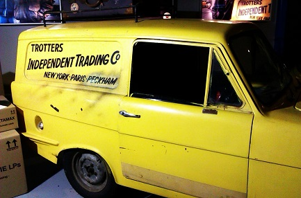 Trading In A Car With Problems >> Sir James Mirrlees Asymmetric Information Dodgy Cars And